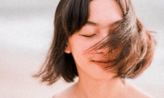 Riasan Wajah Wanita Jepang