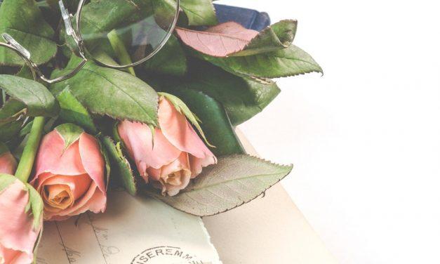Hand Bouquet untuk Wisuda